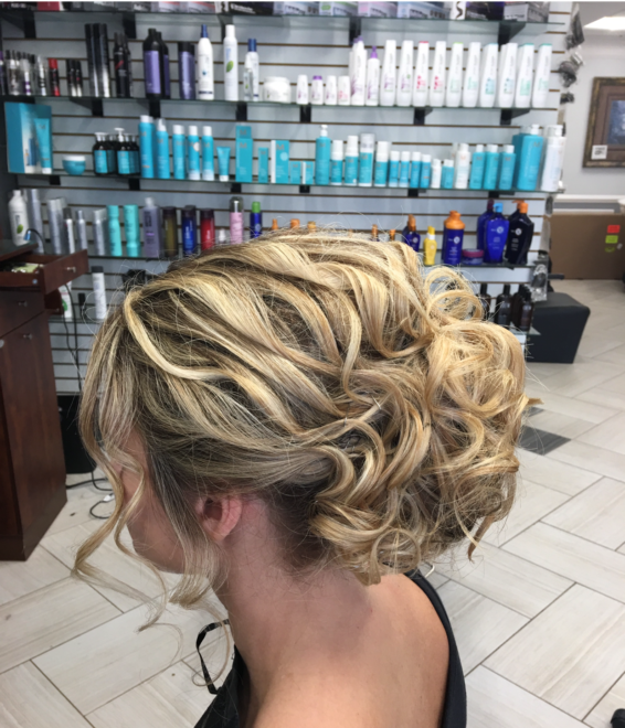 Bridal Party Short Blonde Soft Waves Left