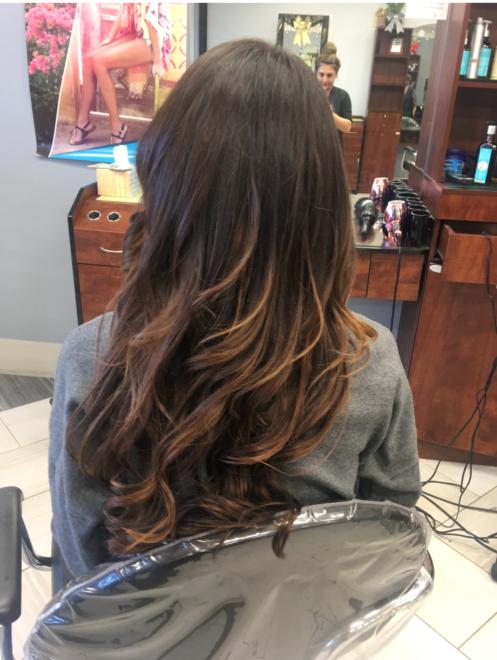 Soft Wave Hairdo at Teddy Rose Salon in Skokie
